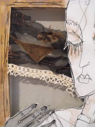 Cabinet de Textilité - Sewing on canvas with jaw bone and feathers